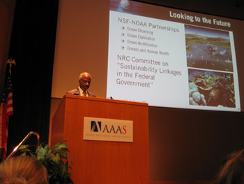 Dr. Larry Robinson, NOAA Deputy Administrator, gives keynote address at the U.S. GLOBEC final symposium.