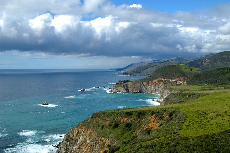 Linking Chlorophyll Concentration and Wind Patterns in the California Current System
