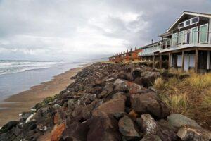Podcast Explores Economics of Natural vs Armored Shorelines along Oregon Coast
